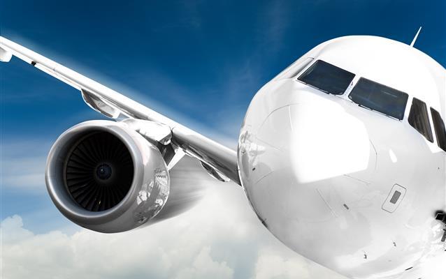 Czy wydrukowany bilet lotniczy może być czarno-biały?