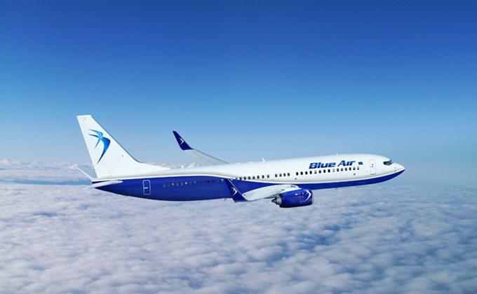 BlueAir_B-737