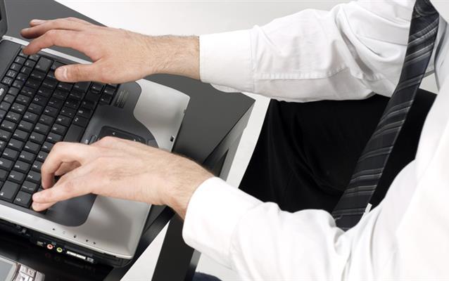 Como receber os e-mails de confirmação da compra de seguro viagem?