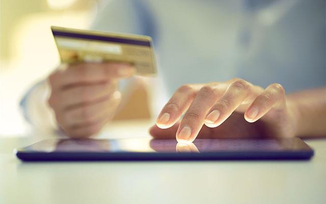 A repülőút üzleti bankkártyával történő fizetése
