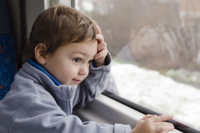 Czy płaci się za przewóz dziecka w foteliku samochodowym w pociągu?