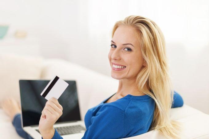 Плащане на самолетен билет с кредитна карта