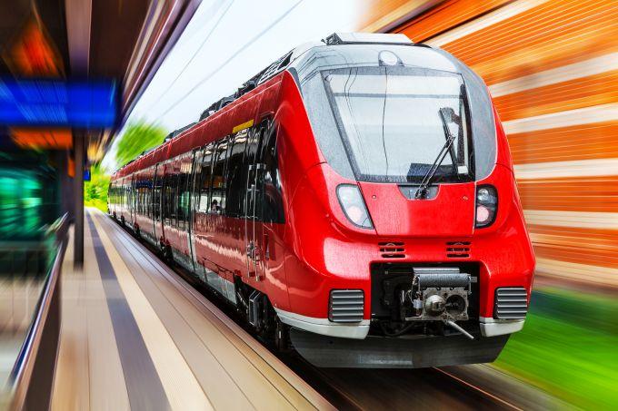 Jakie dokumenty będą potrzebne podczas podróży pociągiem?