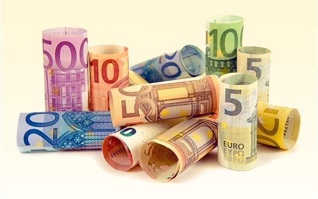 Czy za loty można płacić w euro?
