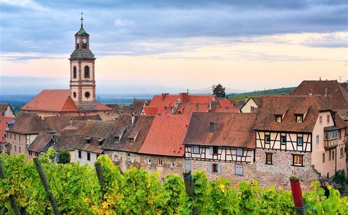 TOP 10 miast we Francji. Gdzie warto się wybrać?