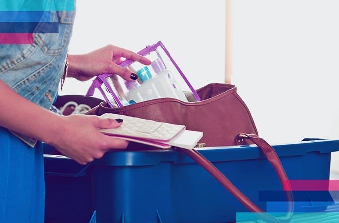 Czego nie można przewozić w bagażu podręcznym?