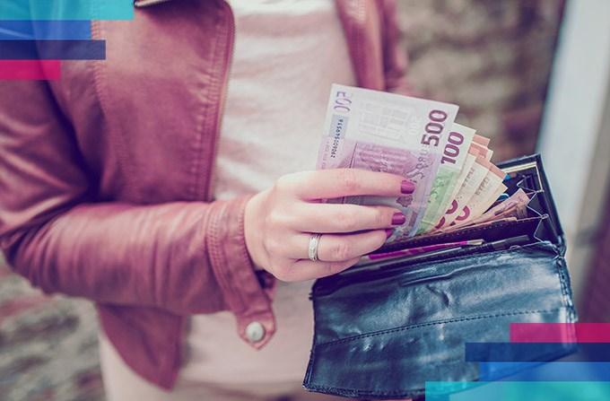 Мога ли да платя самолетния билет в евро