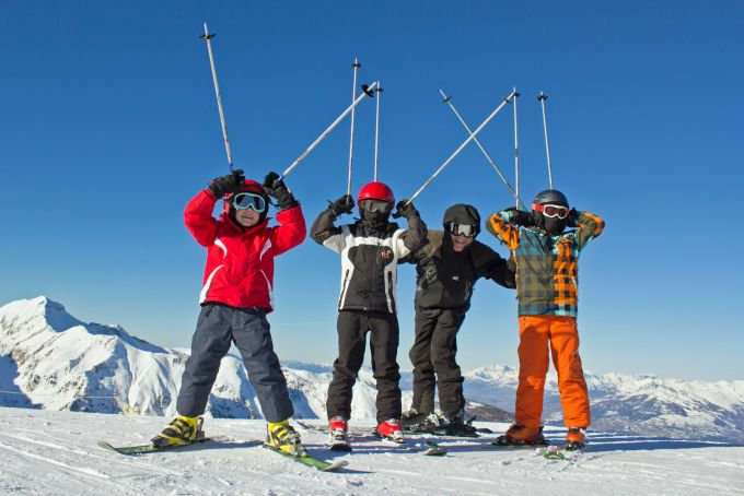 Ako prepravovať lyžiarske vybavenie?