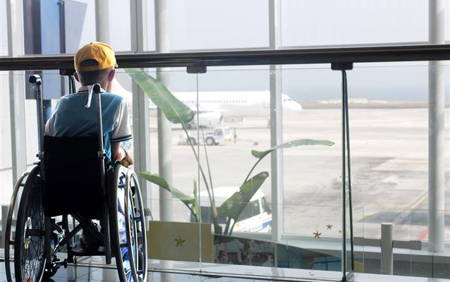 Persoane cu dizabilități