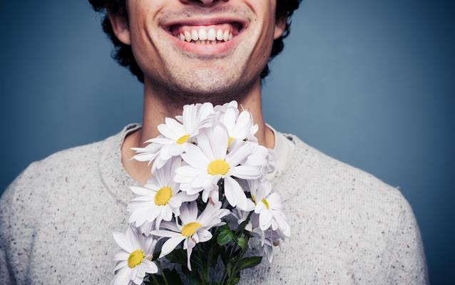 Czy mogę przewieźć kwiaty w samolocie?