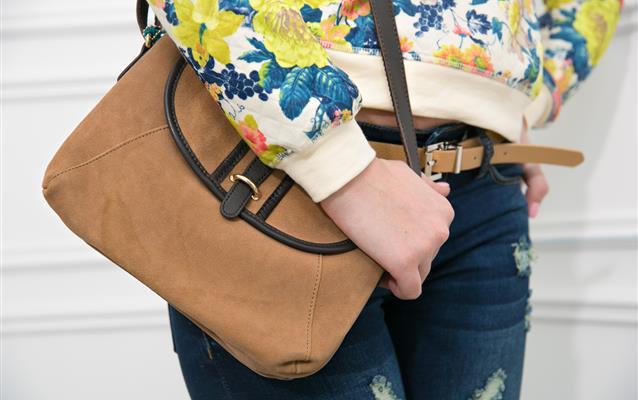 Poșeta de damă este considerată bagaj de mână?