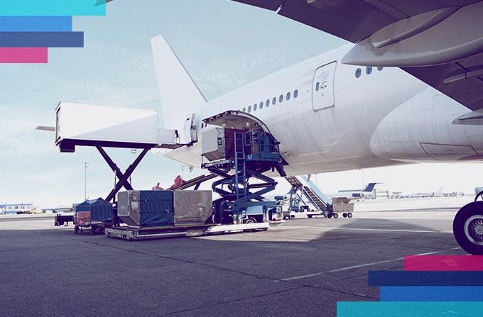 Transporte de carga en avión