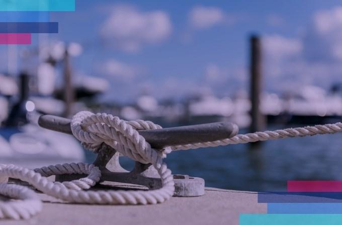 Czy przy rezerwacji jachtu obowiązują dodatkowe opłaty? Czy są jakieś dodatkowe usługi?