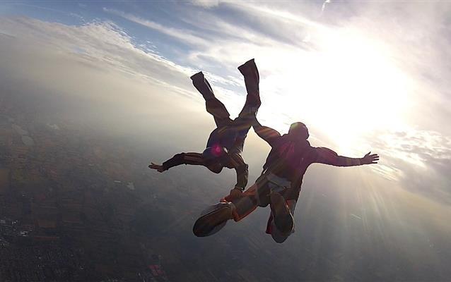 Activități sportive cu risc ridicat