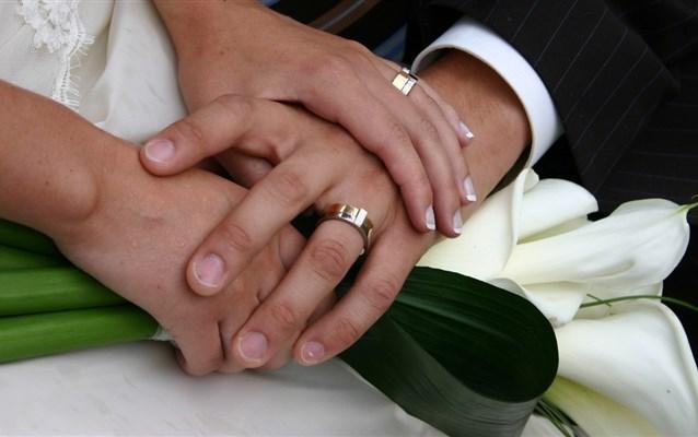 Mudança de nome, como os recém-casados podem voar tranquilos?